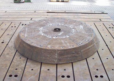 Glocke aus Verschleißschutzsegmenten